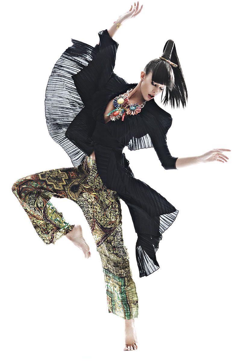Model: Kim Cloutier