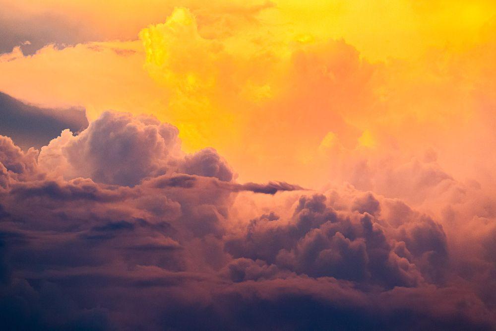 thunderstorm_sunset.jpg