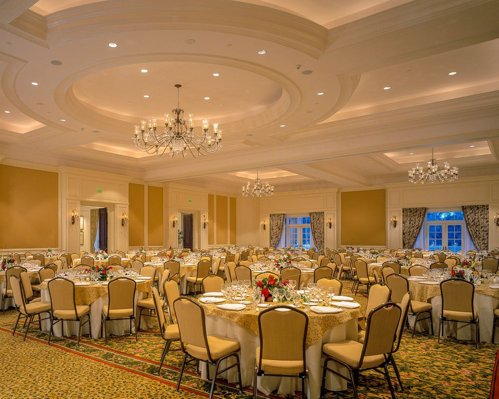 1sanctuary_resort_grand_oaks_ballroom.jpg
