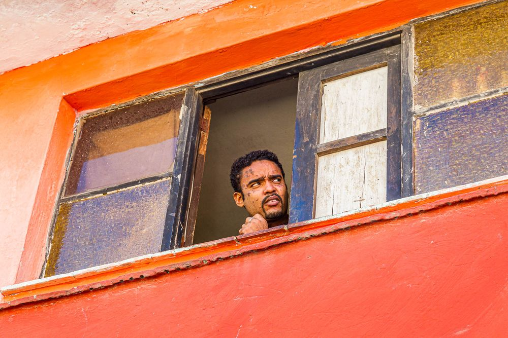cuba_man_in_window.jpg