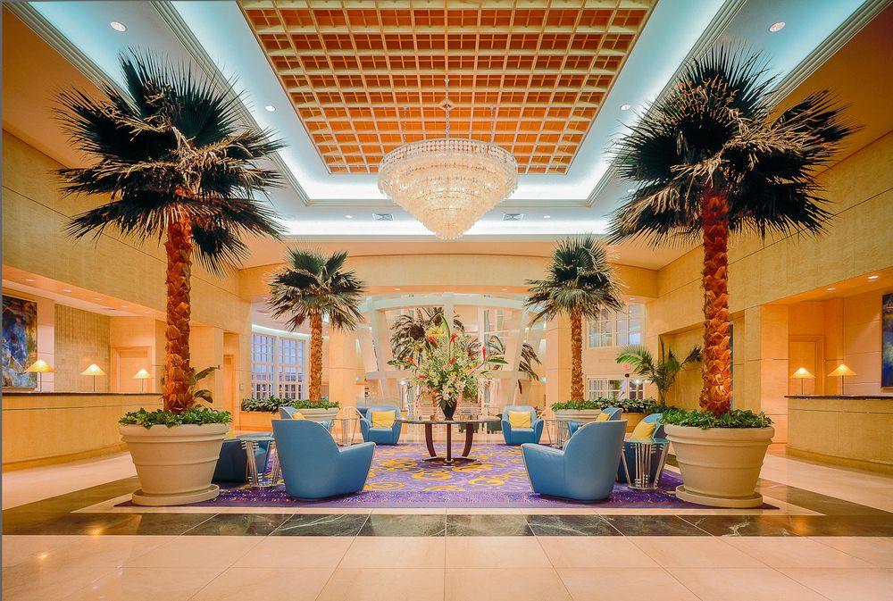 1sheraton_resort_lobby.jpg