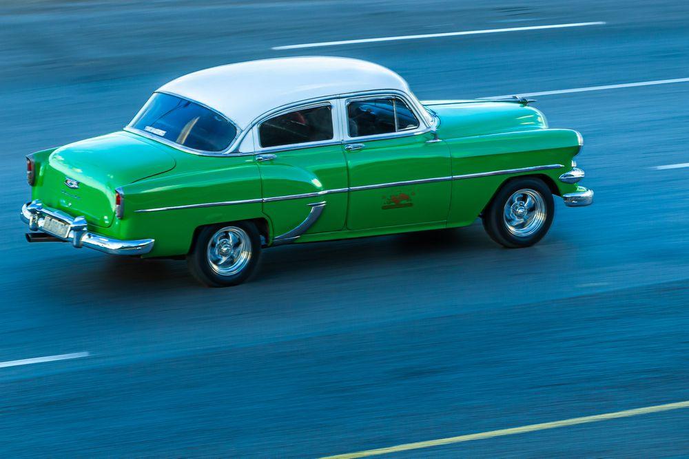 cuba_street_green_car.jpg