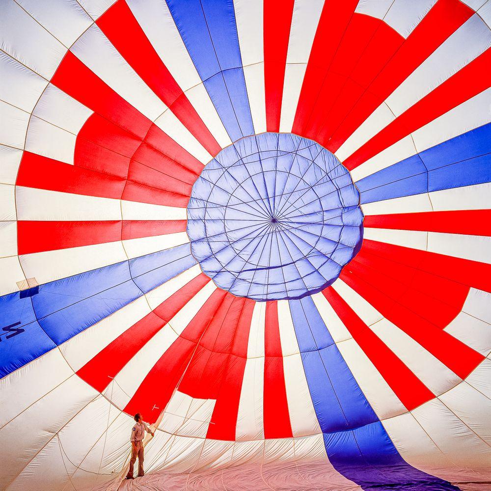 red_white_blue_balloon.jpg