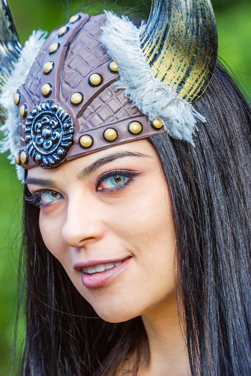 stunning_goddess_warrior.jpg