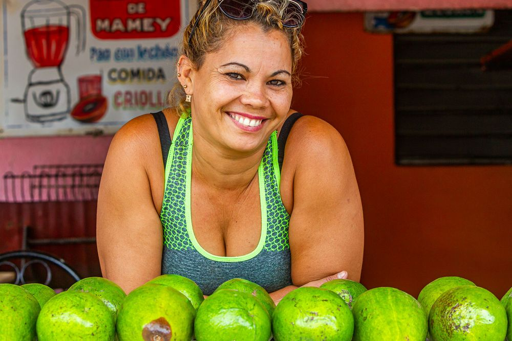 cuba_mamey_fruit_shakes.jpg