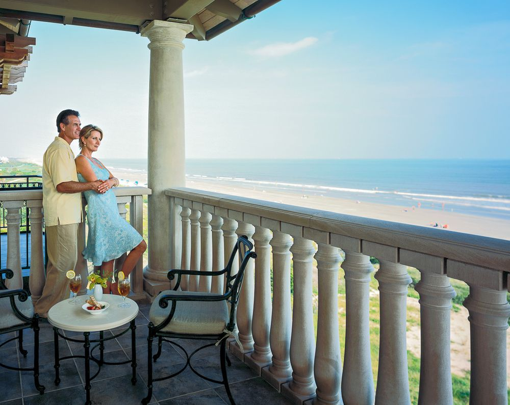 Sanctuary Resort balcony romance.jpg