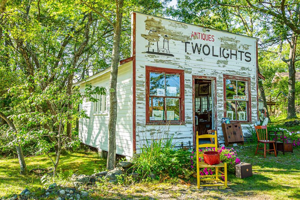 maine_two_lights_antiques.jpg