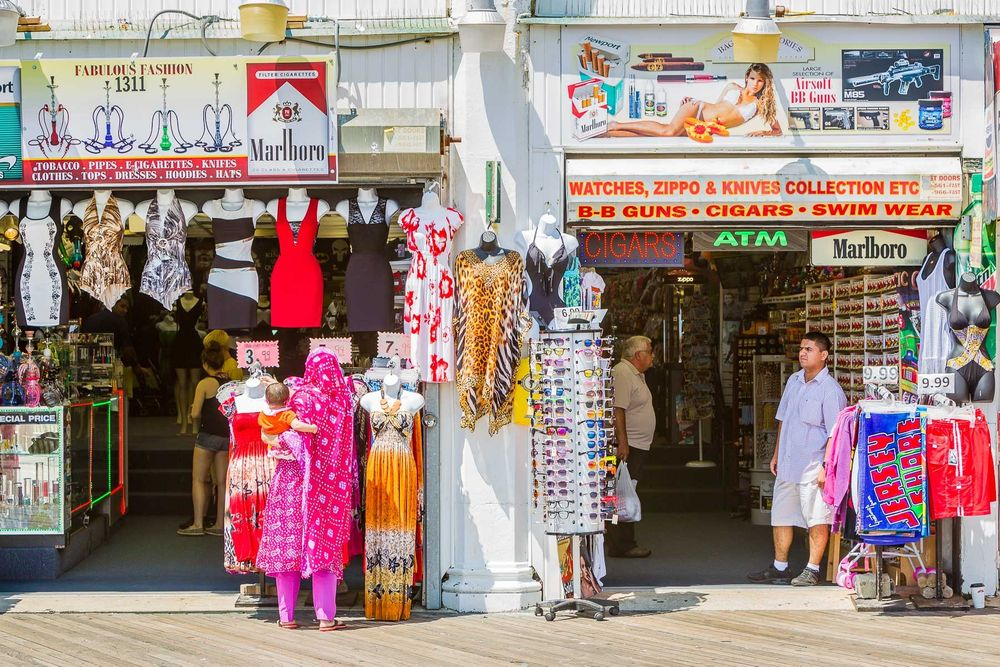 1atlantic_city_boardwalk_shop.jpg