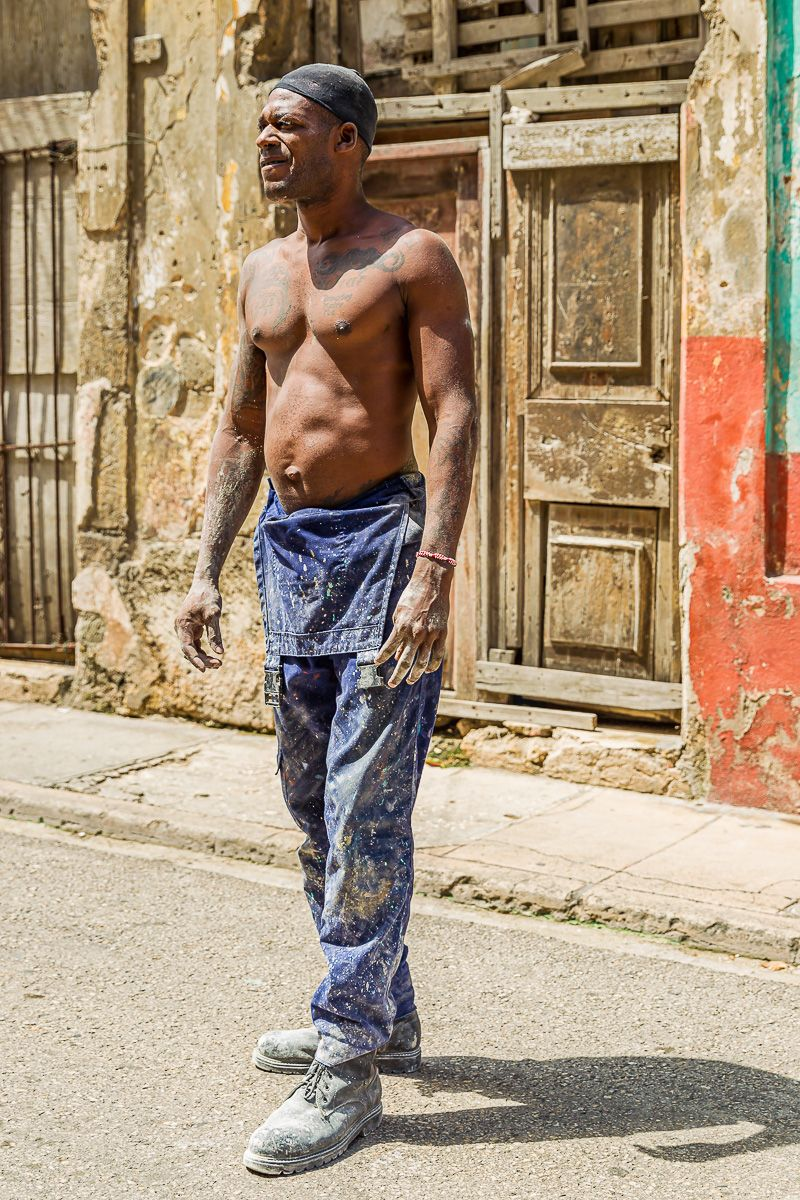 cuba_street_constuction_worker.jpg