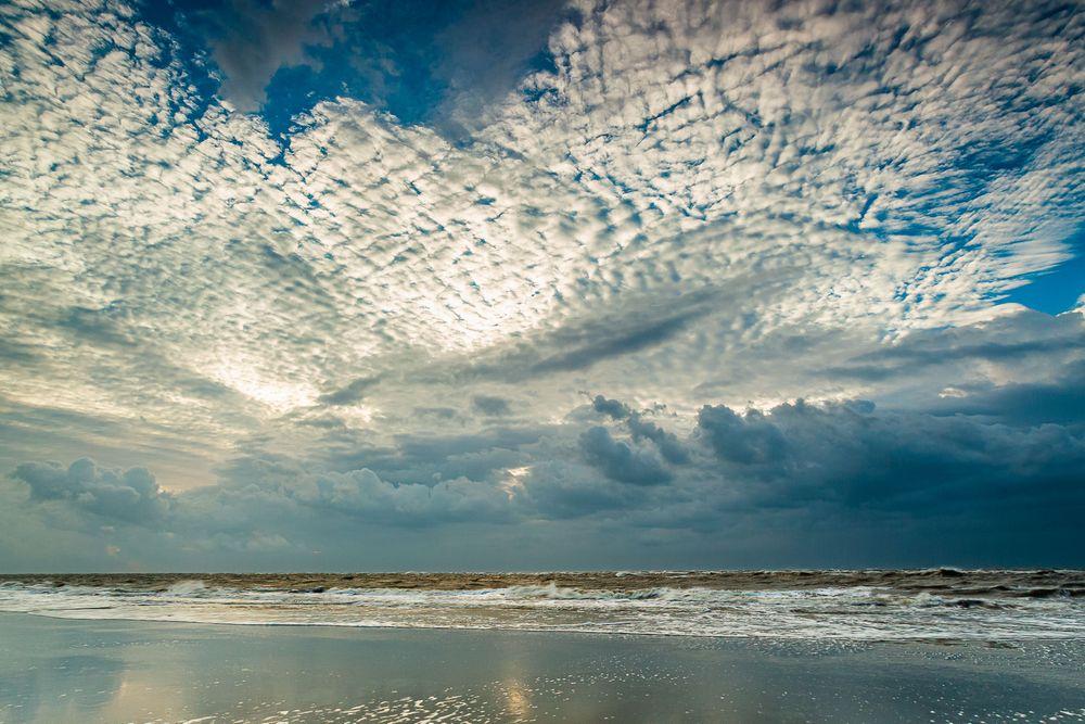 folly_beach_sunrise_storm.jpg