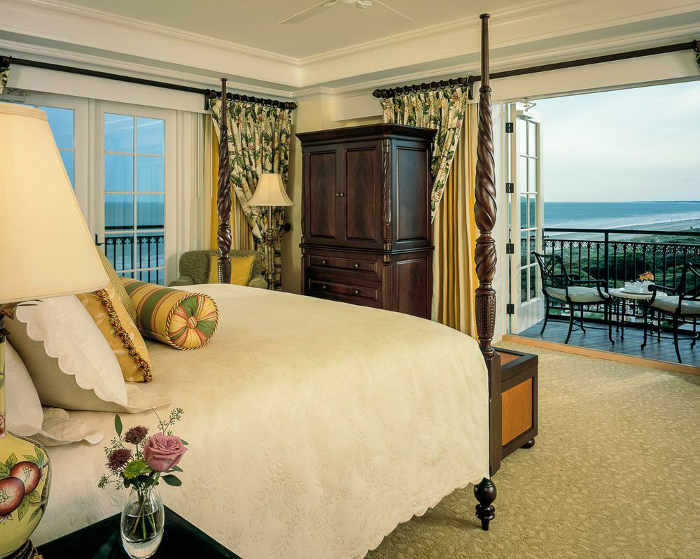 1sanctuary_resort_guestroom_oceanview.jpg