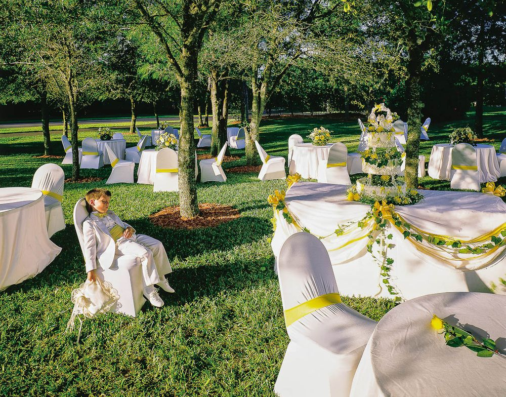 sculptchair wedding.jpg