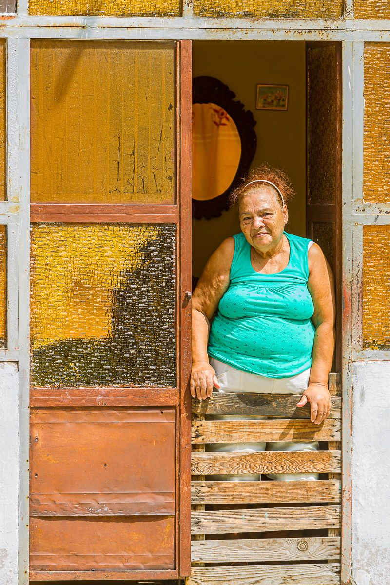 cuba_woman_modrian_portrait.jpg