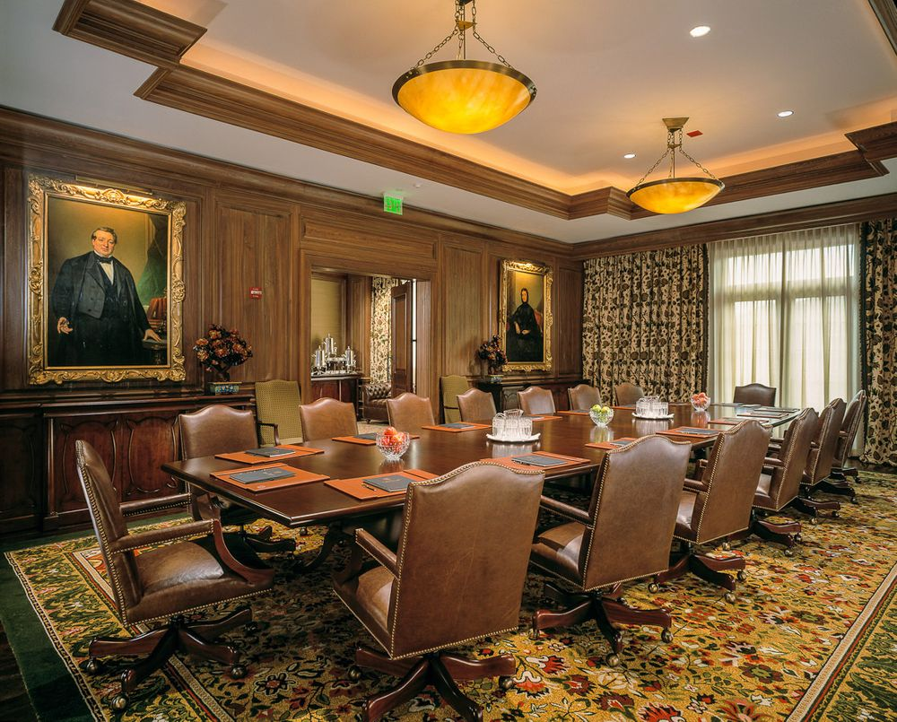 1sanctuary_resort_boardroom.jpg