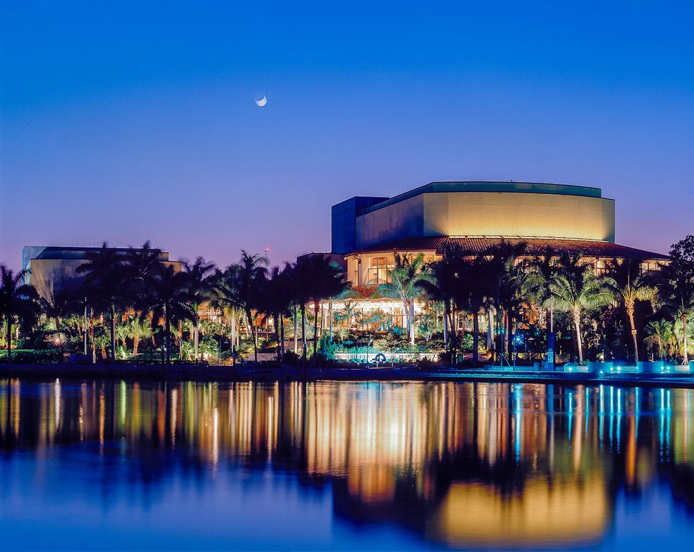 broward center new river moonrise.jpg