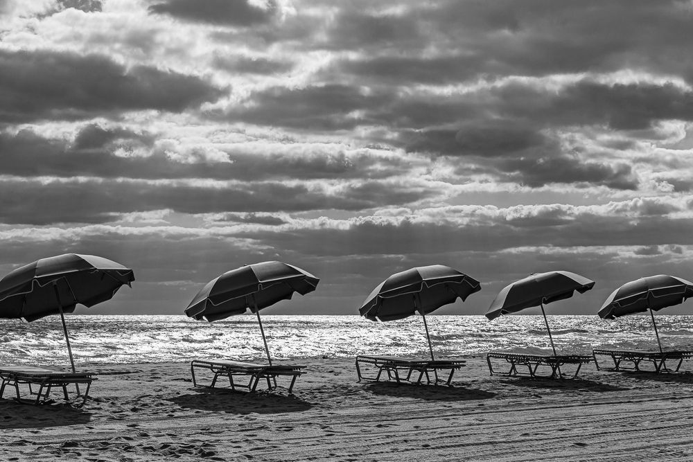 umbrellas_hollywood_beach_florida.jpg