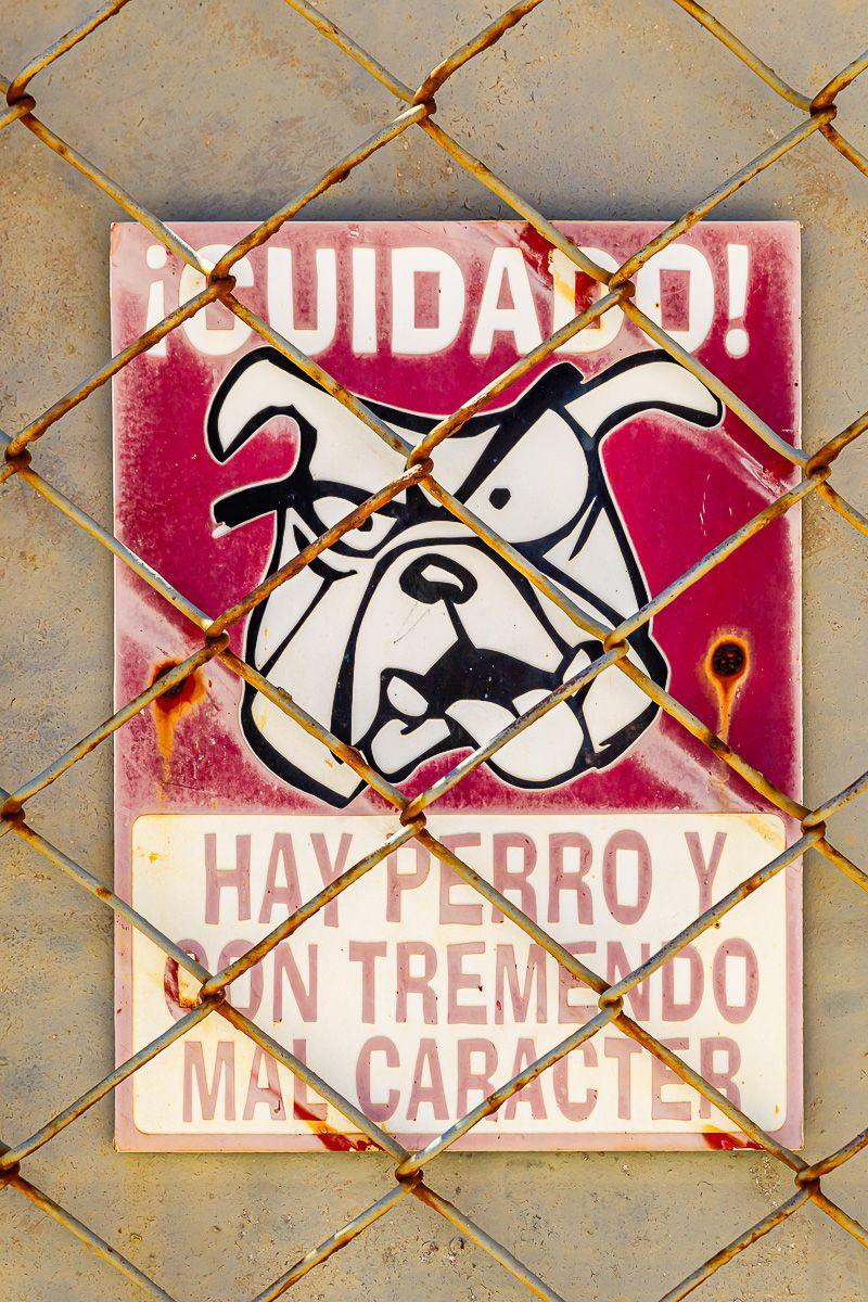 cuba_caution_bad_tempered_dog.jpg