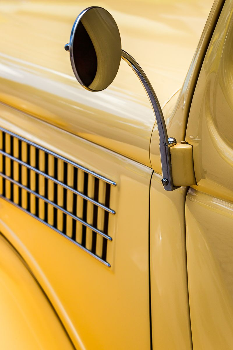 car show yellow ford.jpg