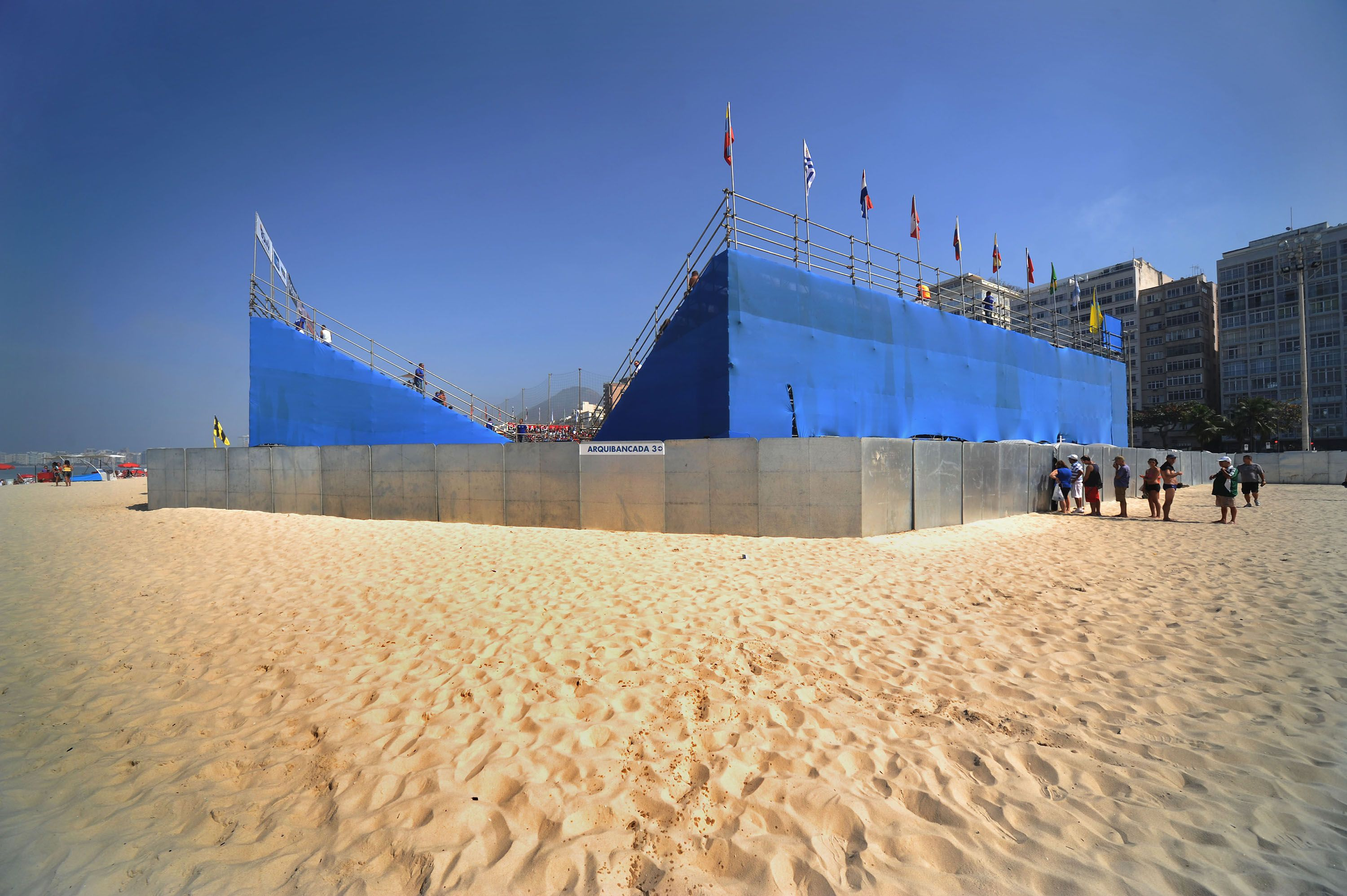 04 Beach Soccer of Rio by Andre Cypriano.jpg