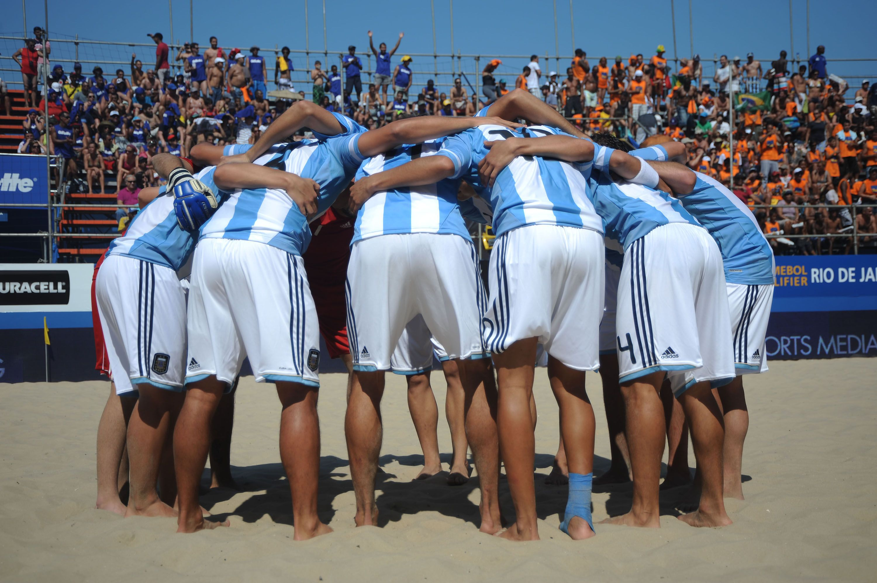 07 Beach Soccer of Rio by Andre Cypriano.jpg