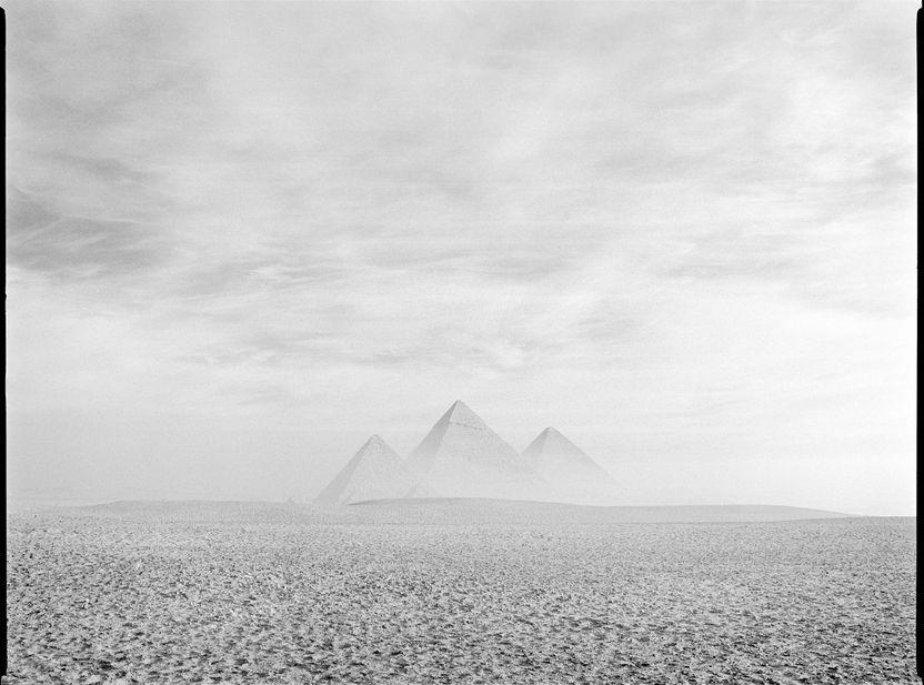 pg012_012_PyramidsGiza_gf.jpg