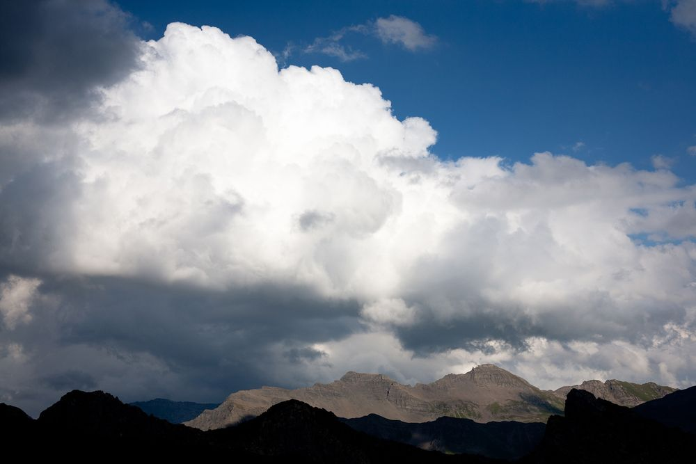 1french_alps_clouds_mountains.jpg