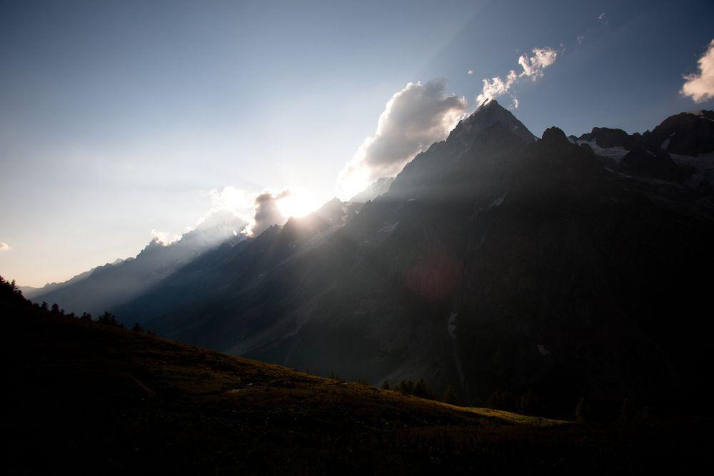 1swiss_alps_montblanc_sunset.jpg