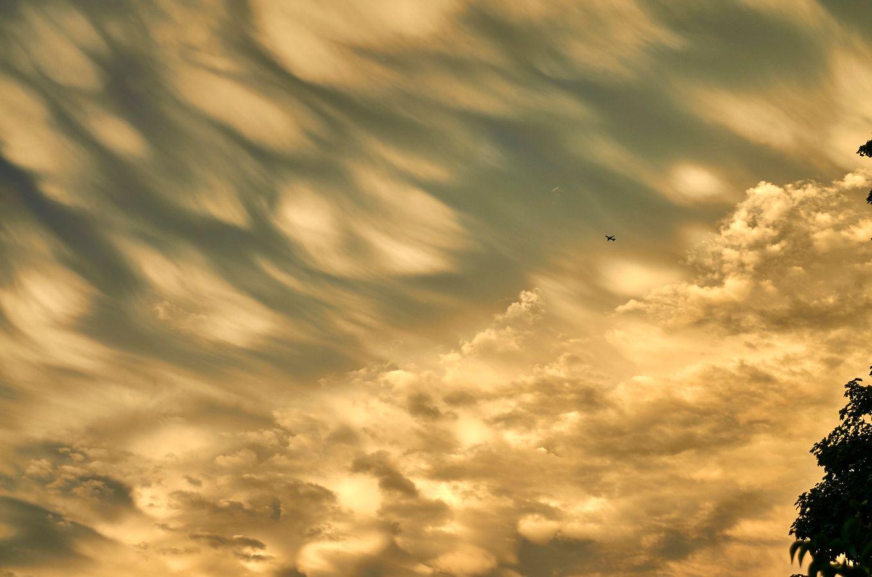 Clouds - Drifting