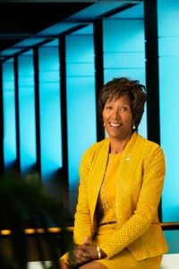 Executive  Portrait - Leslie Turner Senior Vice President & General Counsel - Hershey Chocolate.jpg