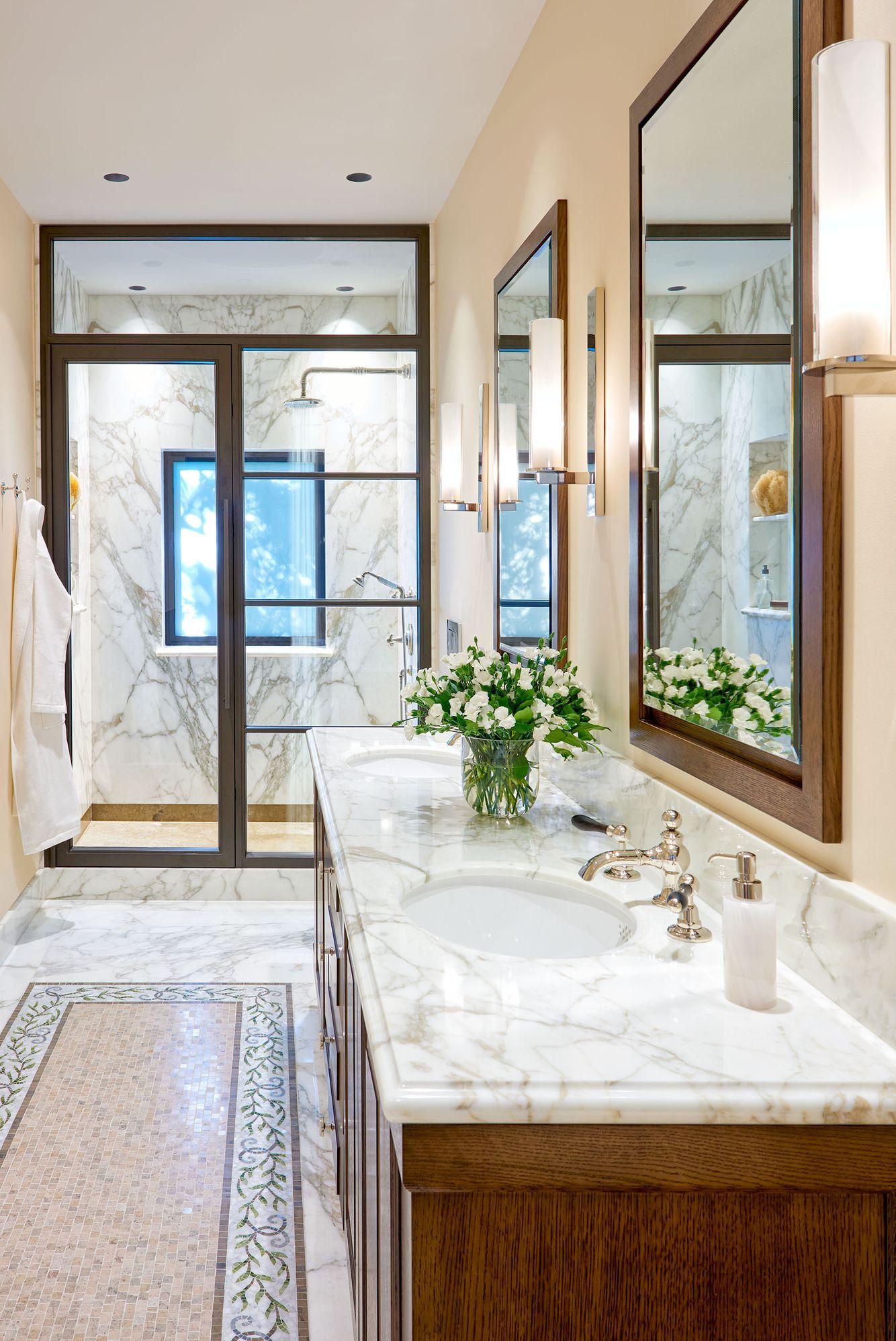 John Sutton Photography 49Tulip Bathroom