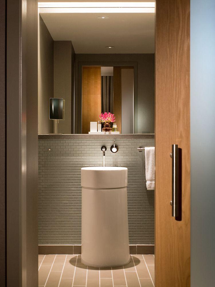 John-Sutton-Photography-InterContinental Hotel Guest Bathroom
