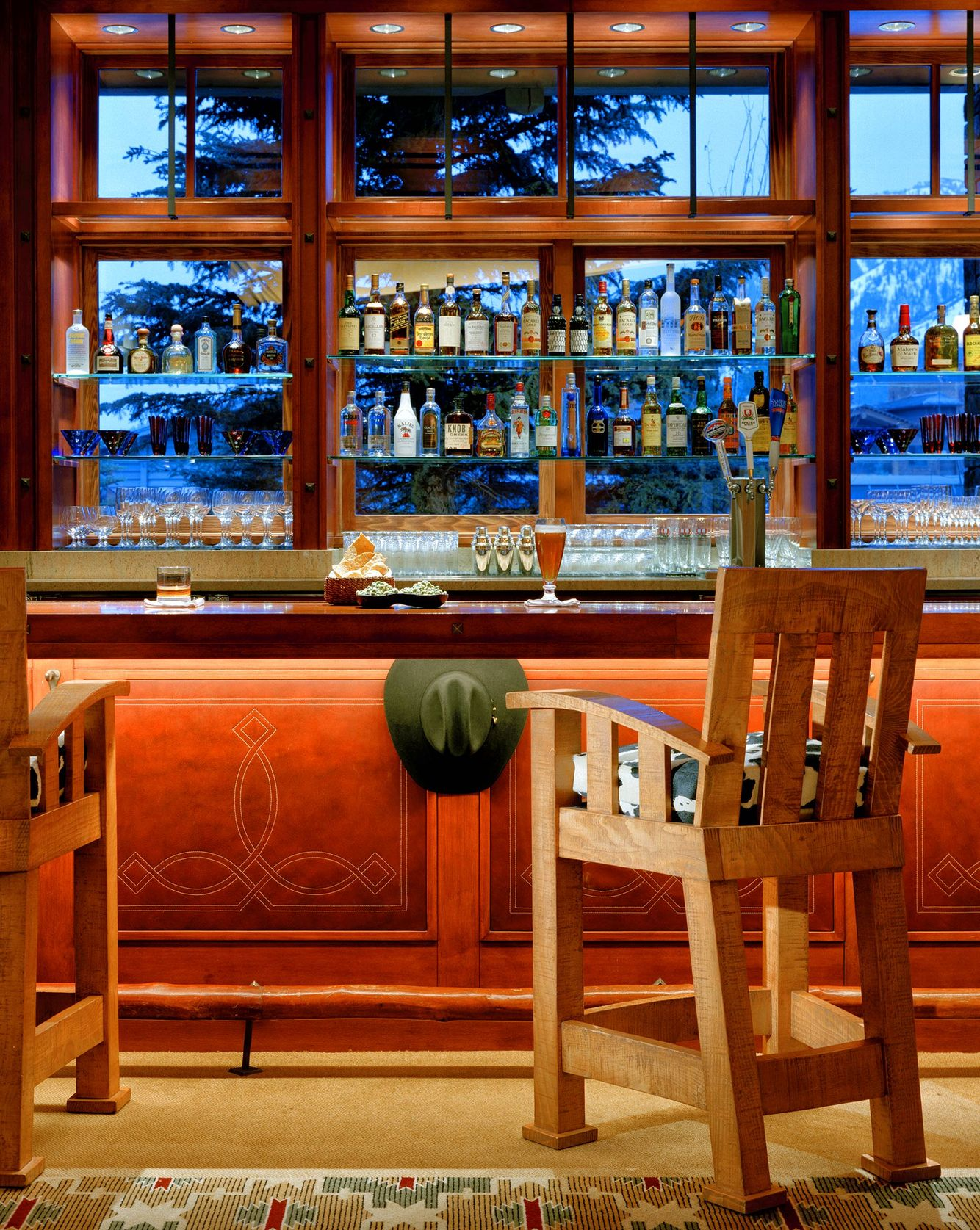 John-Sutton-Photography Four Seasons Resort Bar