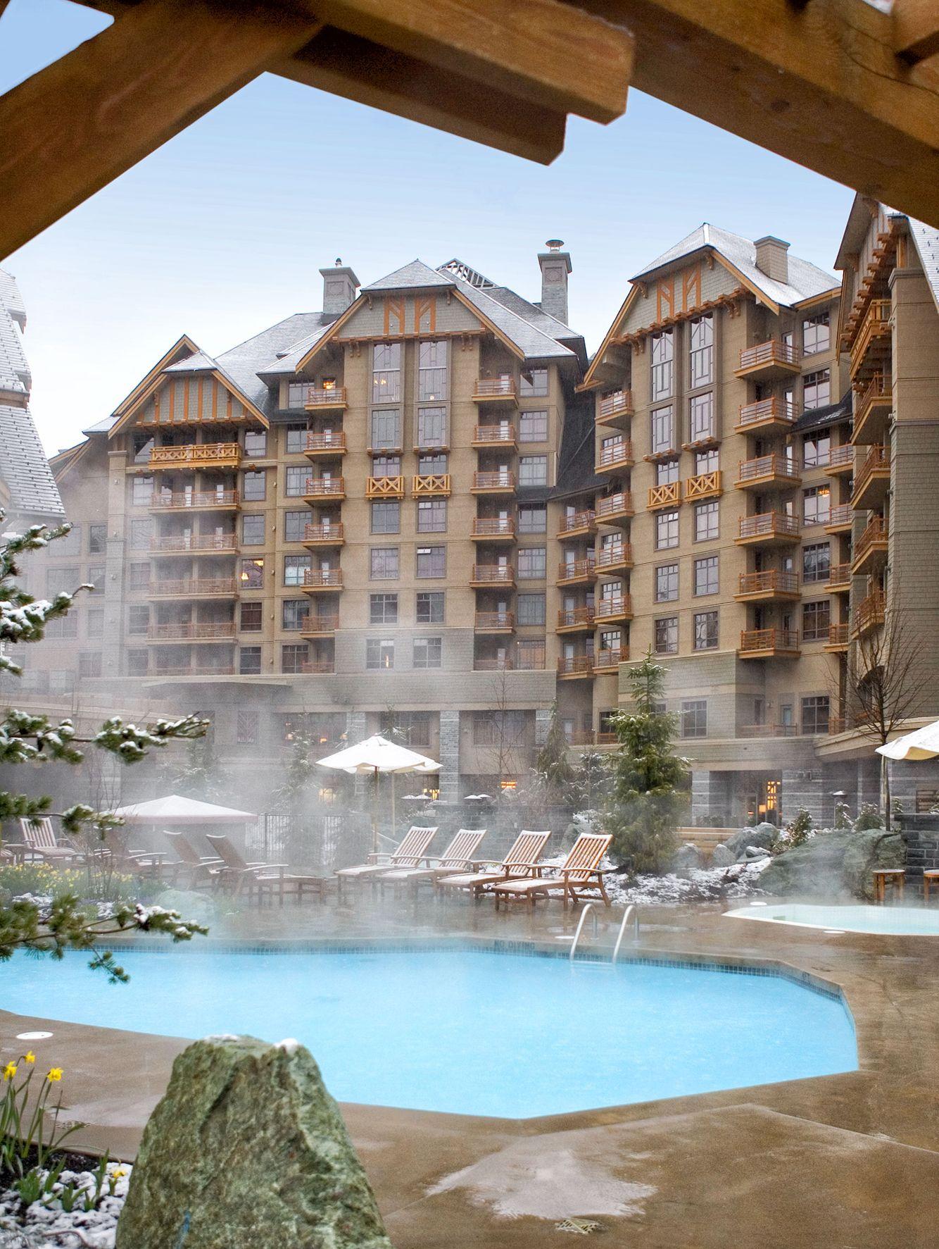 John-Sutton-Photography-Four Seasons Resort Pool