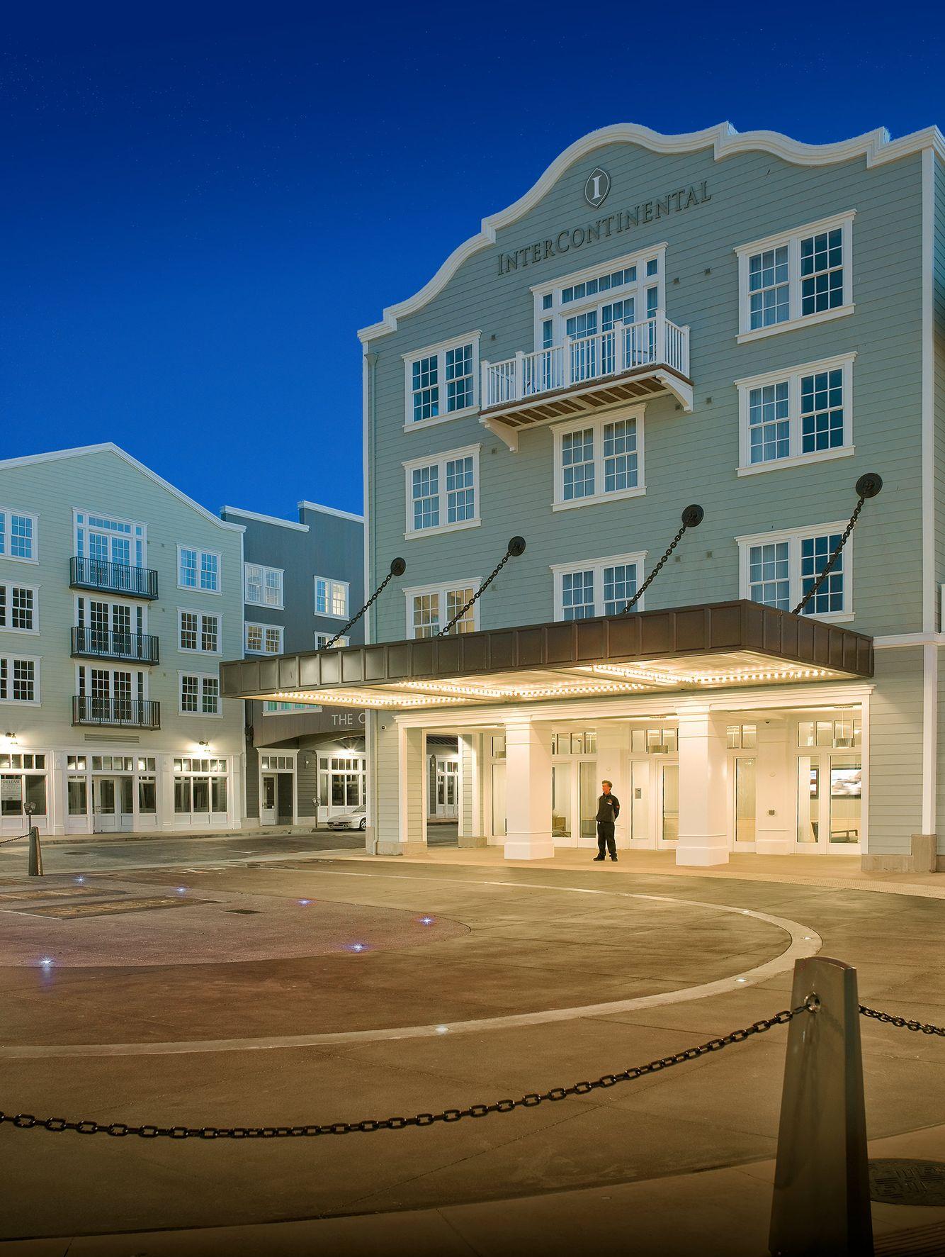 John-Sutton-Photography-InterContinental Hotel Monterey Bay Entry