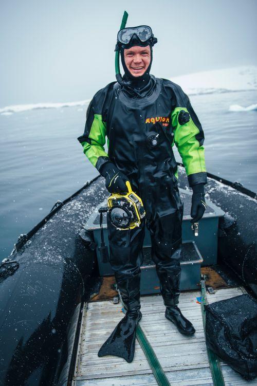KT_150309_5Swims_AntarcticPenisula_5407.jpg