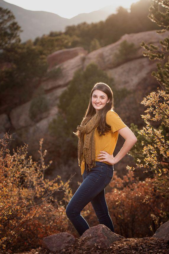 manitou springs outdoor high school senior portraits