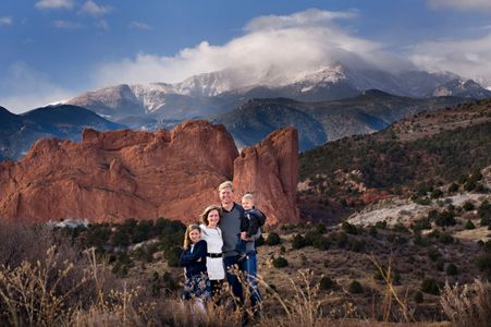 family portraits garden of the gods