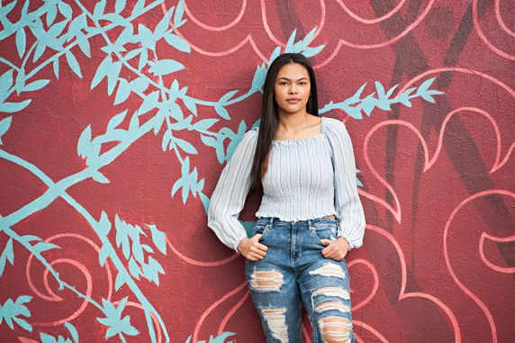 Colorado springs outdoor high school senior portraits downtown