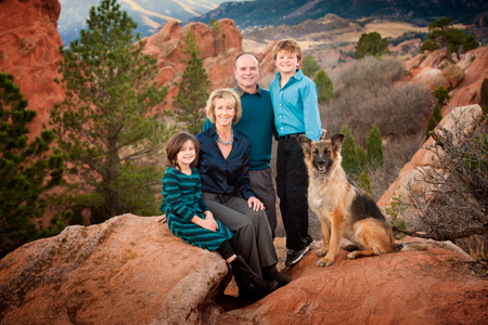 family portraits in Garden of the Gods