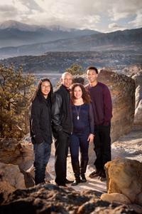 family pictures-25Jonathan Betz.jpg