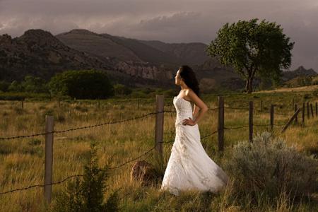 1garden_of_the_gods_wedding_photo_03