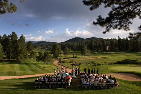 Shining Mountain golf course wedding located in Woodland Park, Colorado