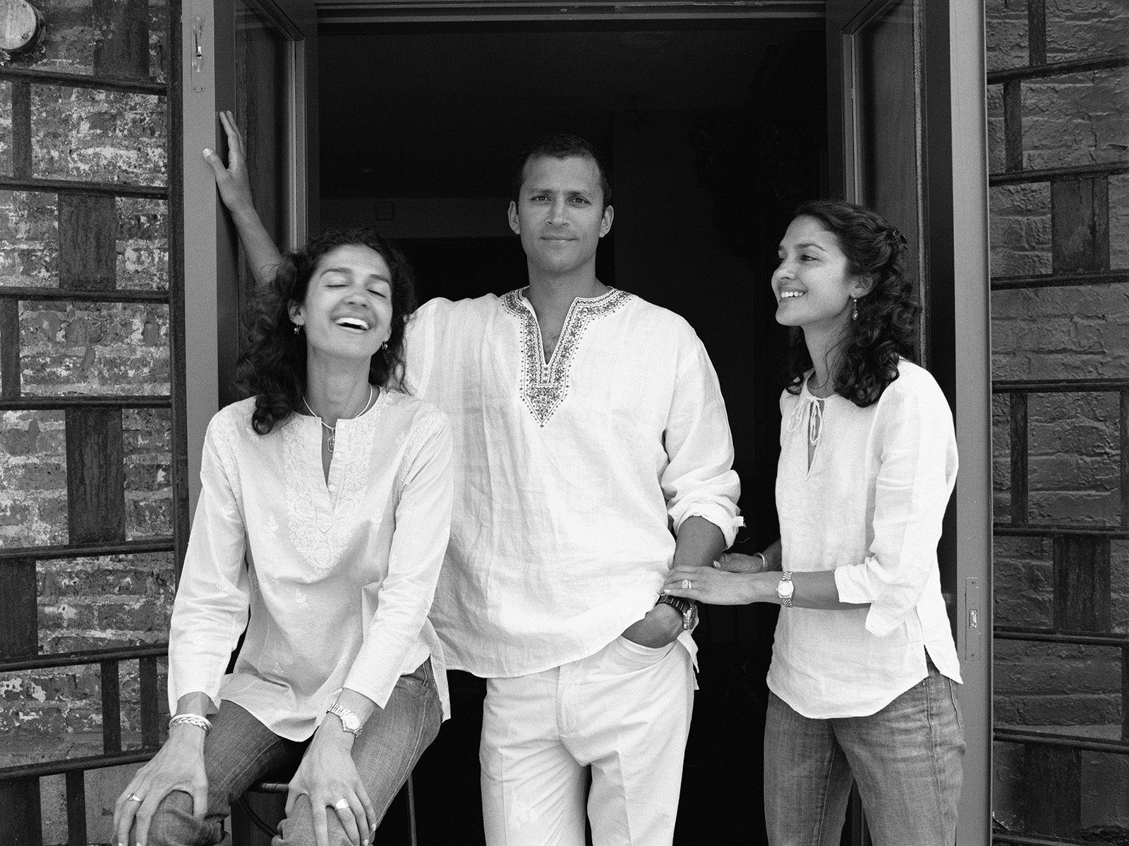 Ananda, Ari & Rehana