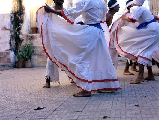 1cuba_skirts_trinidad.jpg