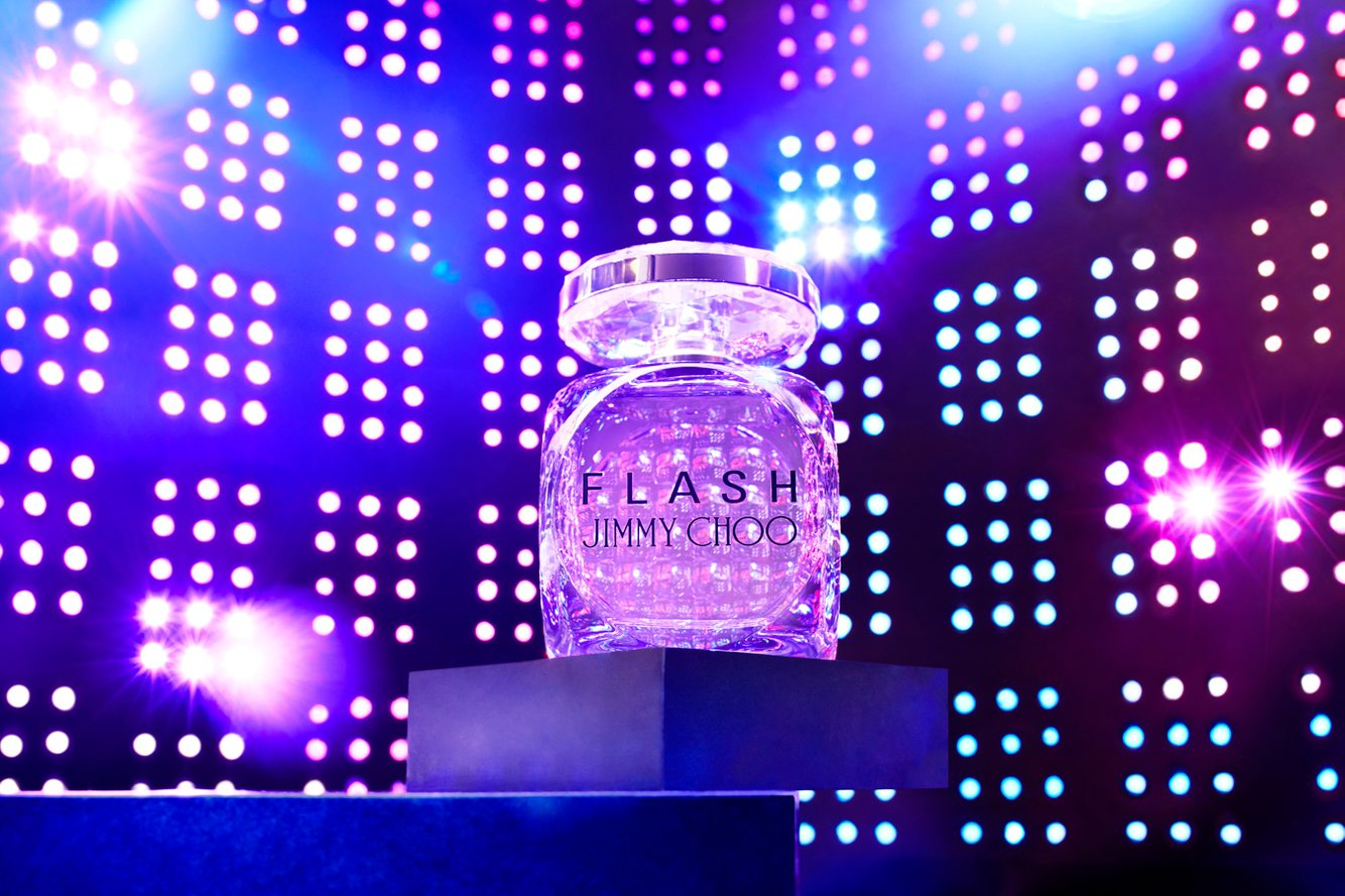 01312020_SHOT8_JimmyChoo_Perfume-WhitThomina 1.jpg