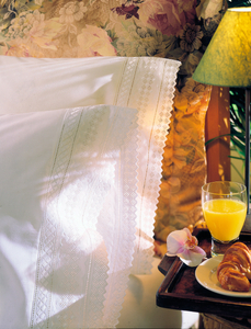 crisp white pillow cases