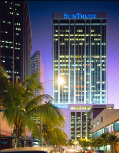Sun bank tower Miami