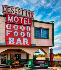 Desert Inn_ Yeehaw Junction Fl