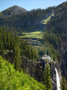 Bridal-falls-house-Telluride-Co
