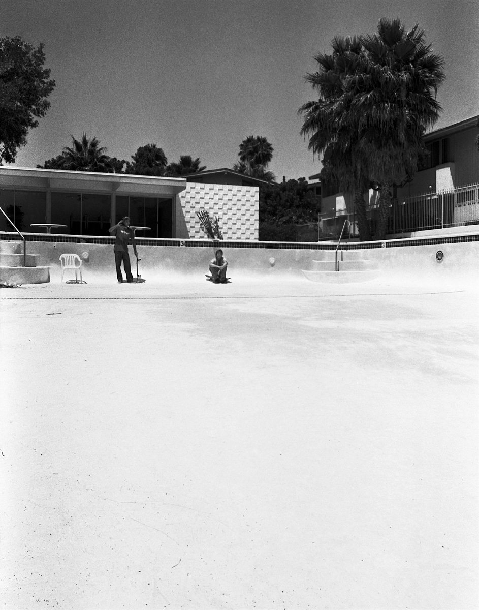 Old_Skating_008b_duplicate2.jpg